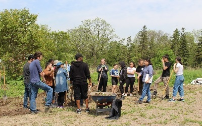 York students dig into experiential education